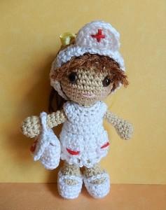 https://amilovesgurumi.files.wordpress.com/2016/09/engl-anleitung-fc3bcr-krankenschwester1.pdf