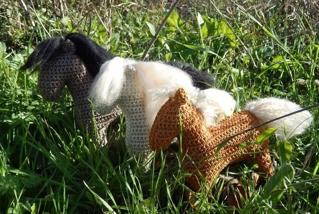 Drei Fohlen, three foals
