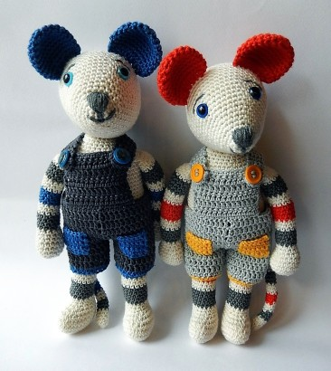 Mice with dungarees